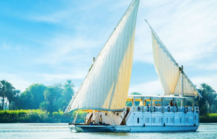 Amoura Dahabiya Nile Cruise - Trips in Egypt