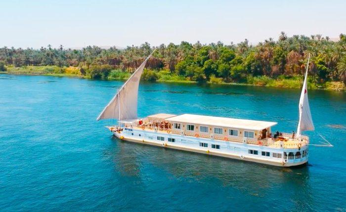Asiya Dahabiya Nile Cruise - Trips in Egypt